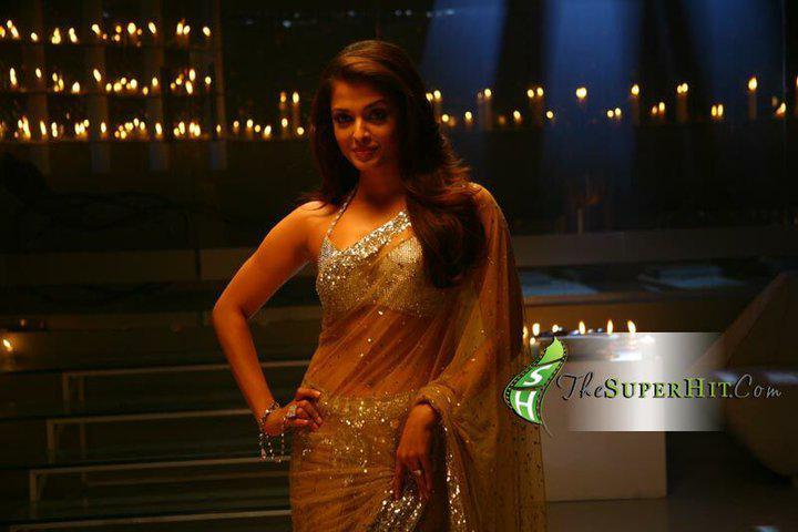 Aishwarya Rai in Transparent Designer Saree - Still from Movie Endhiran The Robot