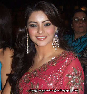 Actress Aamna Sharif in pink embroidery saree with kundan work