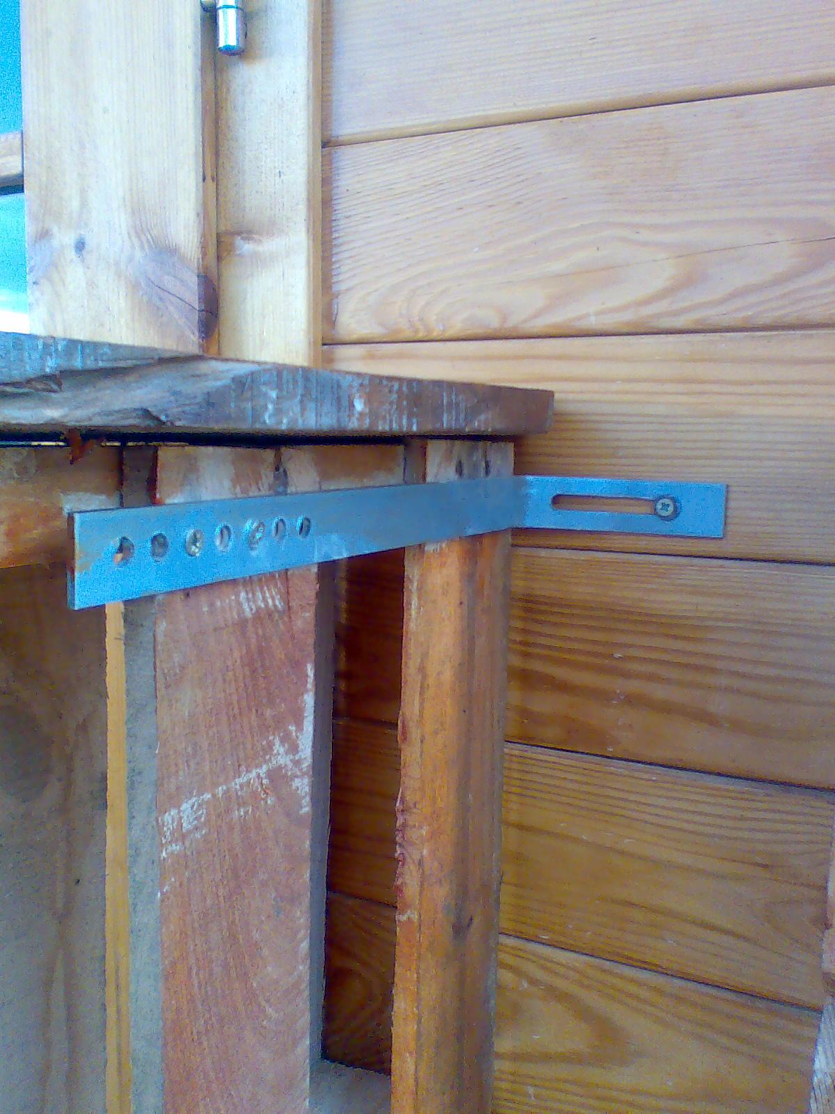 Aventuras en la palma d ebre trabajo con madera reciclada for Porticones madera exteriores