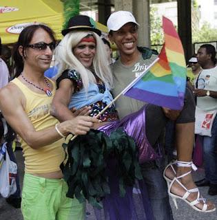 NOTICIA DEL DIA: EXPRESA TU OPINION - Página 15 Participante+Dia+contra+la+Homofobia_mayo_2010