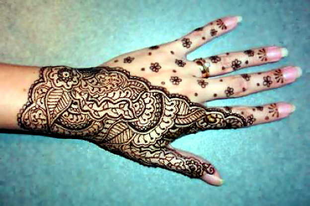 Henna Body Painting and Body Art Henna Tattoo