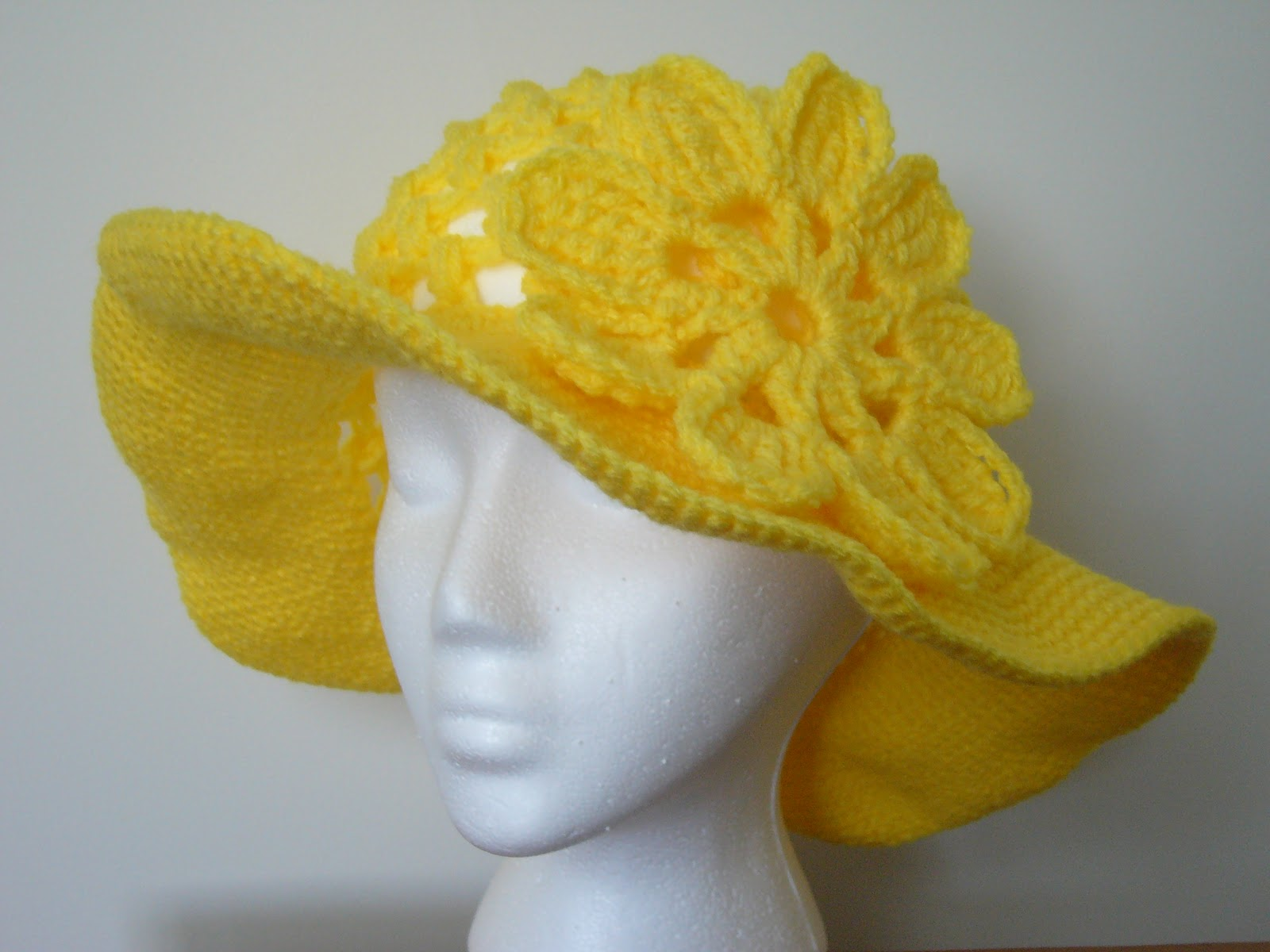 Crochet Pattern Sun Hat : Mixin it up with DaPerfectMix: Another Floppy Sun Hat