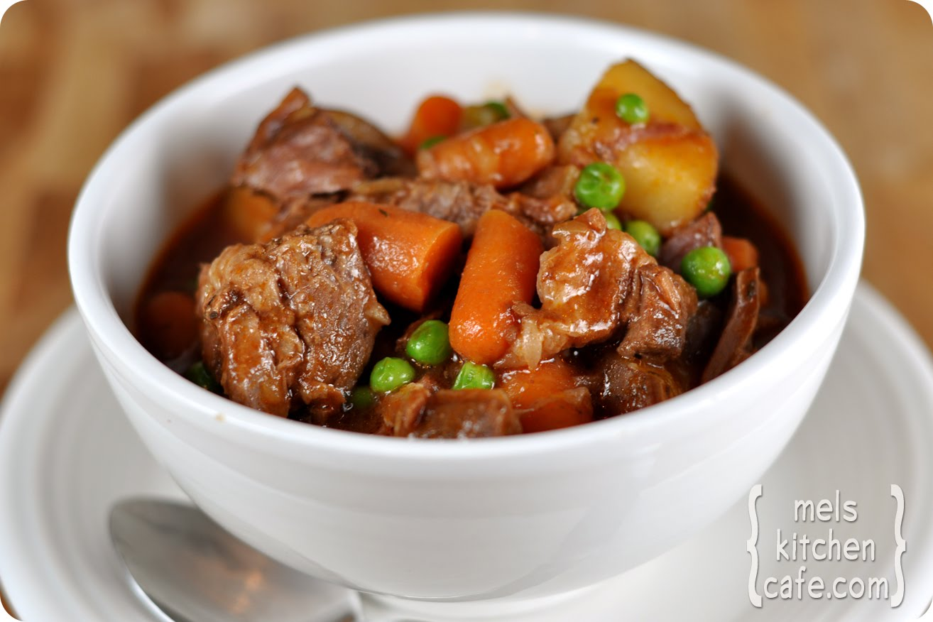 My kitchen Cuisine: Hearty Beef Stew (crock pot recipe)