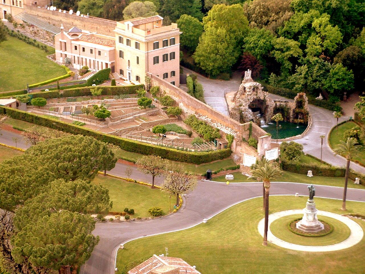 Entre la nuit et la journ e el vaticano inolvidable visita for Jardines vaticanos
