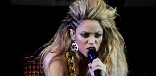 Música Waka Waka de Shakira é escolhida para ser tema da Copa do Mundo