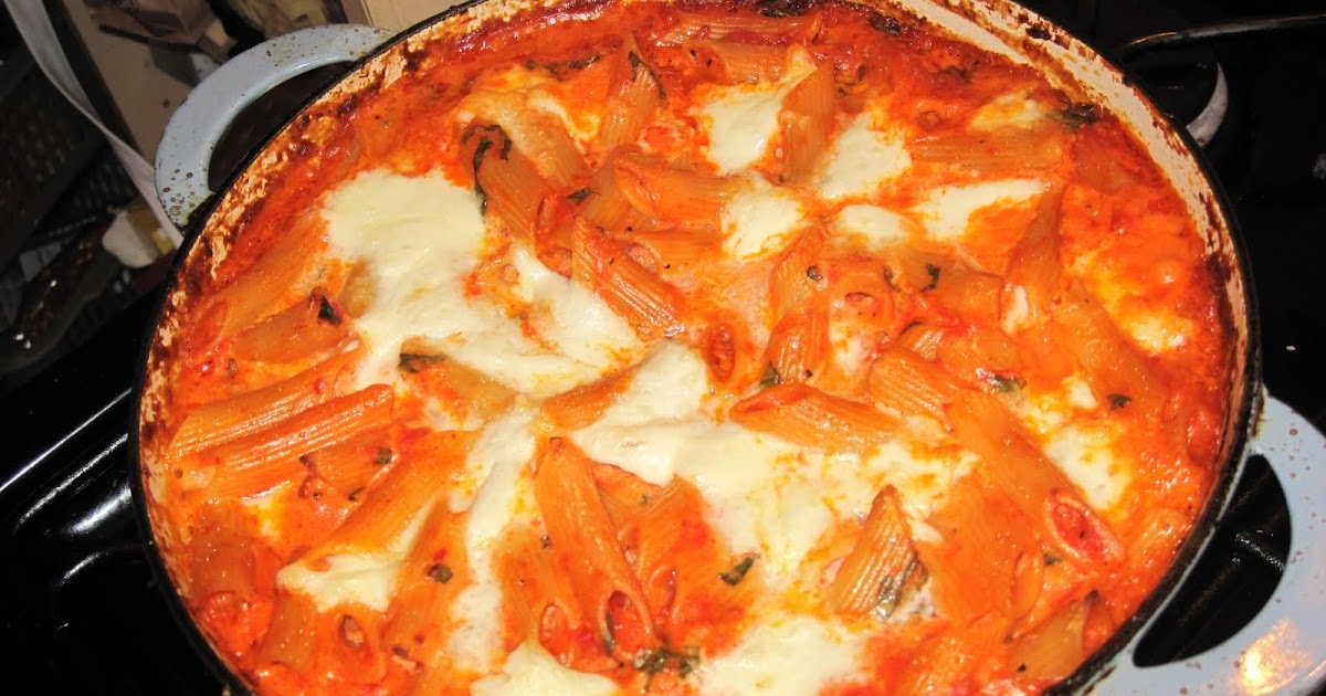 feast with bron: Baked Penne with tomato and mozzarella