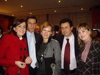 Lerie Pajín, en el centro; a su derecha Luis Salvador (portavoz de Ciencia e Innovación) y Ana Sánchez(senadora por Zamora), a su izquierda Félix Lavilla (portavoz de Industria, Turismo y Comercio) y Yolanda Vicente (portavoz de Hacienda y Presupuestos)