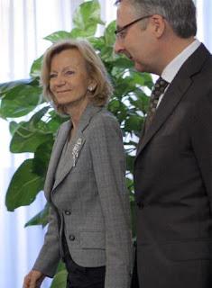 Elena Salgado y José Blanco. Foto El País