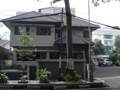 Lokasi Wisma Sebelah Timur Masjid Salman ITB 20 Meter Depan Parkir SR Kampus Institut Teknologi Bandung Jl Ganesha