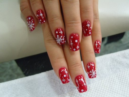 nail designs for 2011. Christmas nail designs