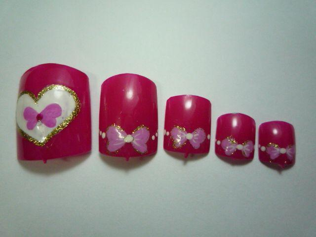 Valentine Nail Polish Design: As Valentine's day is just around the corner,