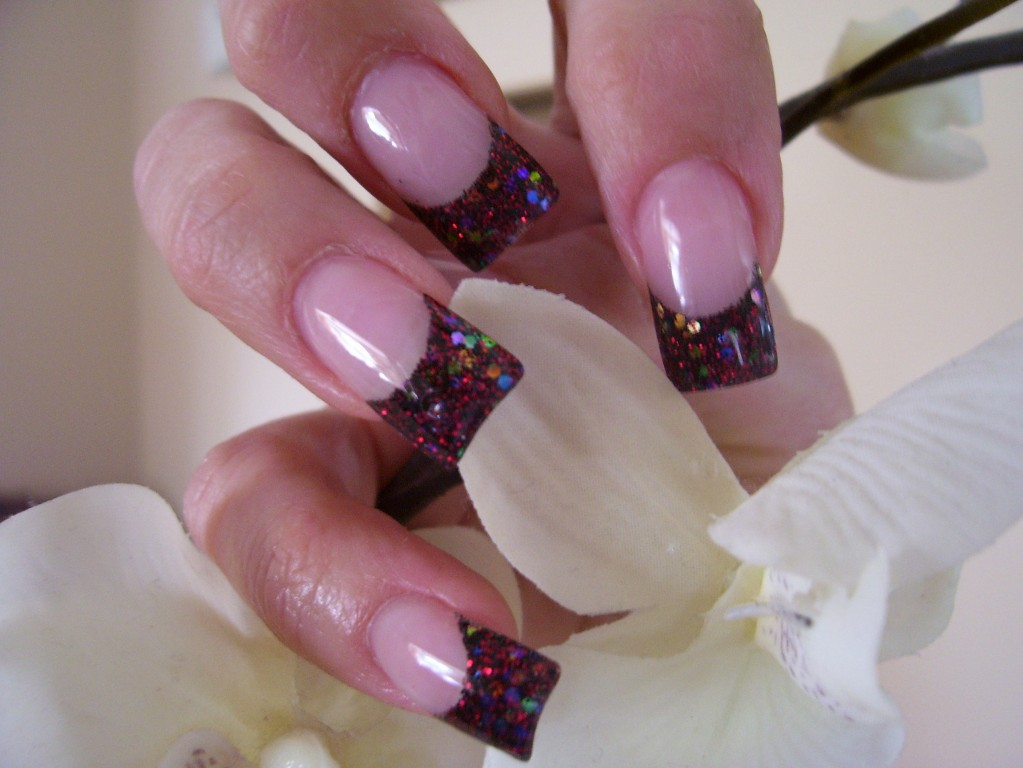 creative nail design: Glitter Nail Art Gallery