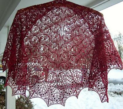 Вязание.  Дизайнер: Jenny Johnson Johnen На создание этой шали автора...