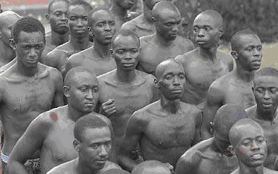 Photos érotiques du groupe Tutsi