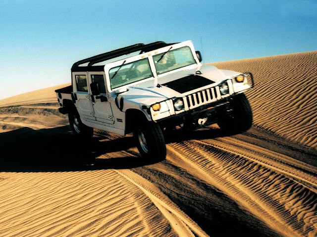White Hummer H1 Masini desert Wallpapers