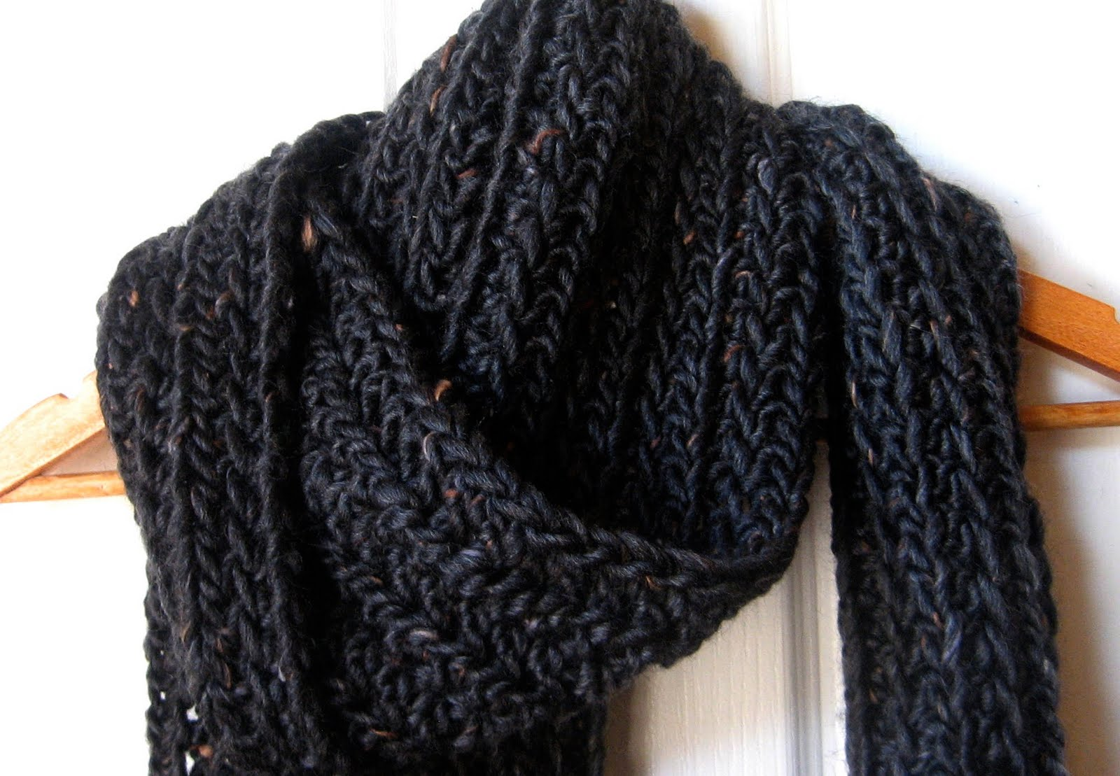 Free Crochet Pattern For Chunky Scarf : Mel P Designs: Free Crochet Scarf Pattern