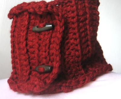 3 Button Cowl Crochet Pattern - Craftsy: Learn It. Make It.