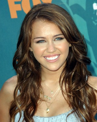 Long Curly Beautiful Hairstyles pics 2011
