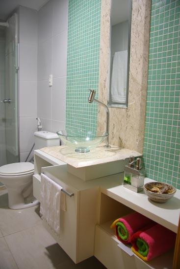 Lorena Cavalcanti Mármore  Banheiros -> Banheiro Decorado Com Bloco De Vidro