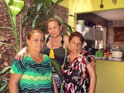 MINHA IRMÃ QUE ESTÁ COMPLETANDO 80- ANOS SÃO LINDAS