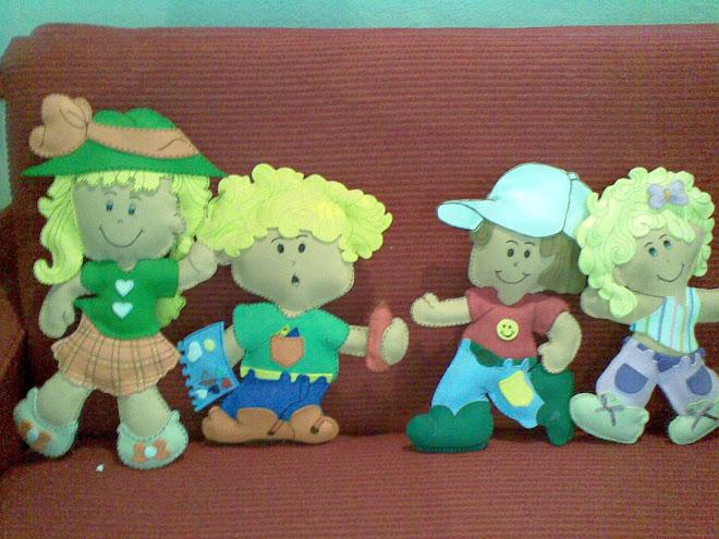 bonecas fofas de EVA