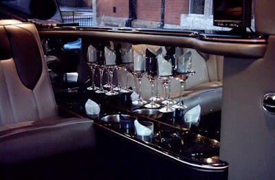 Pink Chrysler PT Cruiser Limousine