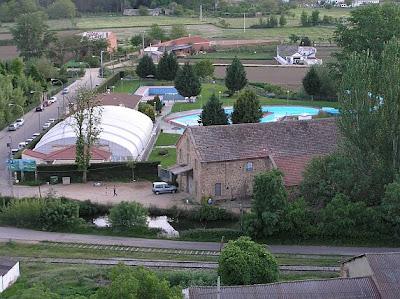 La otra voz de benavente y los valles julio 2007 for Piscinas benavente