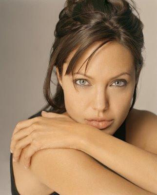 Angelina Jolie's Watch From SALT: Florida Jewelry (21/02/2011)