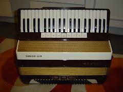 Hohner Tango III M