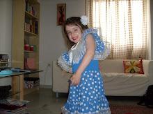 Mi hija vestida de sevillana