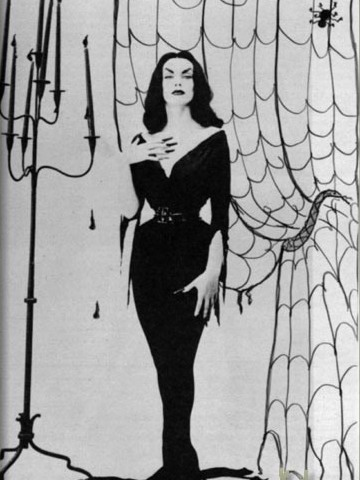 addams family carolyn jones nude. Morticia Addams (Carolyn Jones)