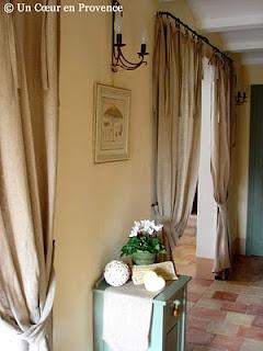 И напоследок несколько фотографий комнат, оформленных в прованском стиле.