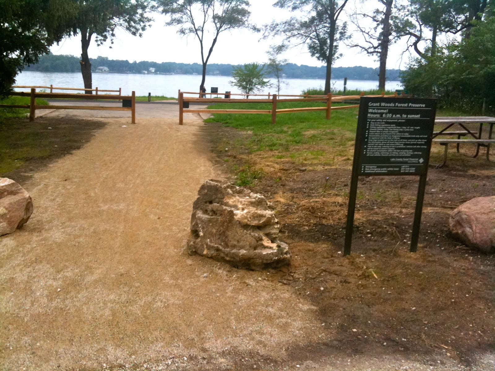 Park Miami Lakes Lake Trailhead Parking