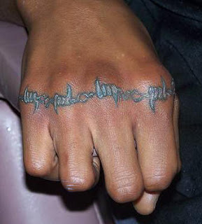 Barbed Wire Knuckle Tattoo Design