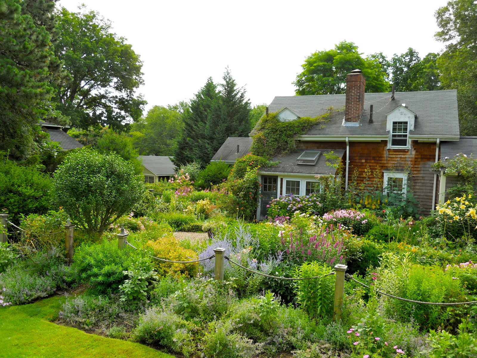 A Year In The Garden Cottage Industry