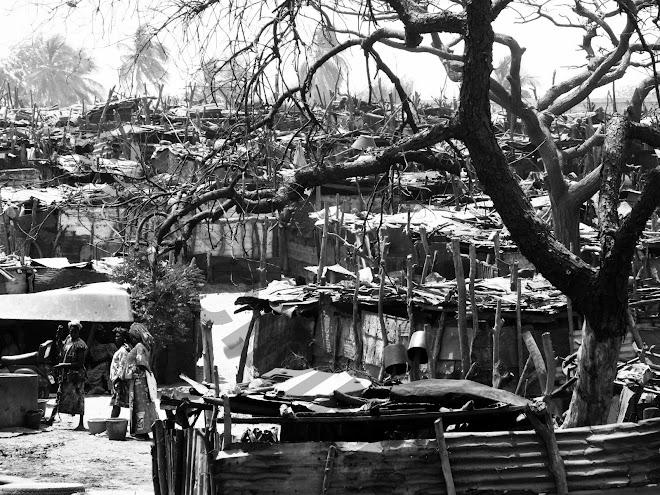 """""""Bidonville de Dakar"""""""