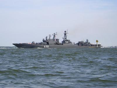 http://1.bp.blogspot.com/_ufJBIZWUfSQ/SRjGtbPJVfI/AAAAAAAAADI/gm4eSjRSZLA/s400/Admiral+Chabanenko.jpg