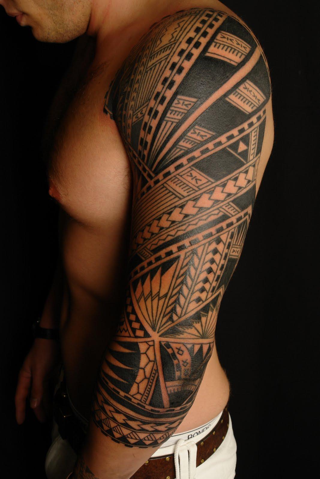 Maori polynesian tattoo samoan polynesian sleeve tattoo for 1 4 sleeve tattoo