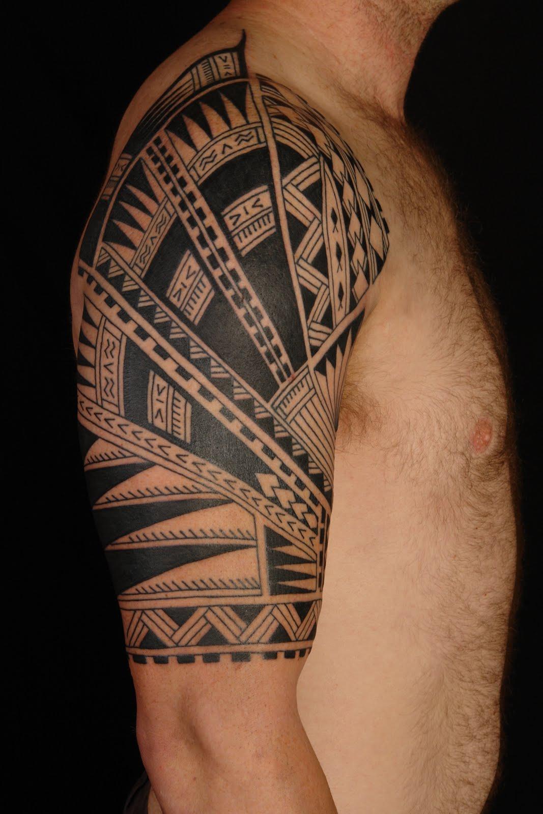 Tatouage Tour De Bras Polynesien - Tatouage homme tour de bras