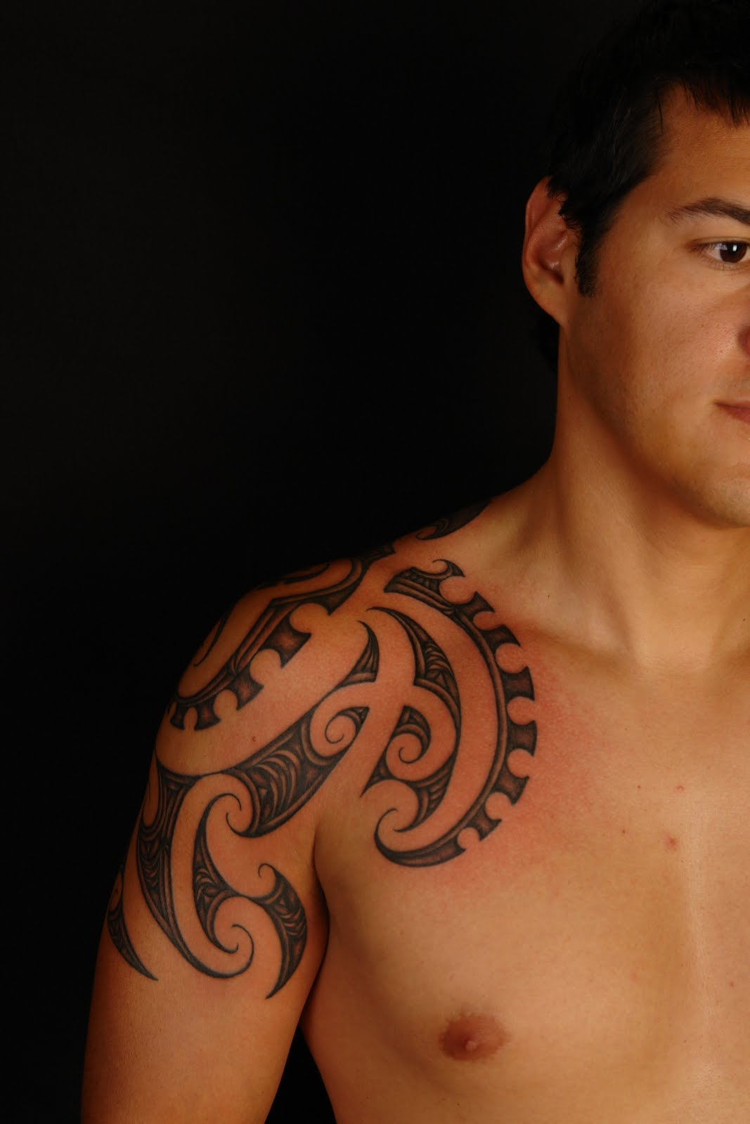 Maori Octopus Design Shoulder Tattoo