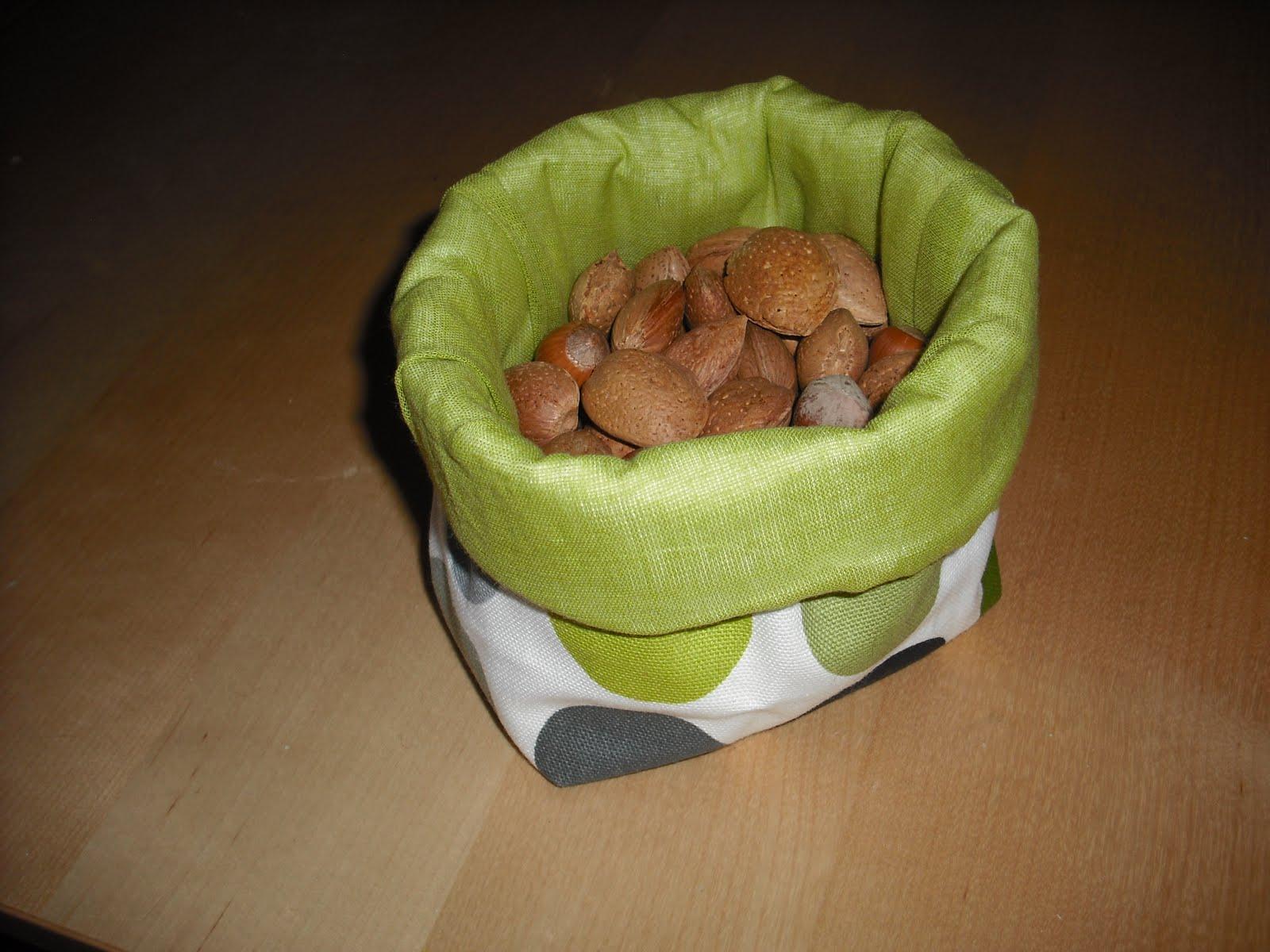 lilly bellule deux pots en tissus. Black Bedroom Furniture Sets. Home Design Ideas