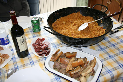 12 DE OCTUBRE........ Migas+tia+carmen_mesa_lista_2825
