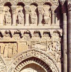 Catedral de Nuestra Señora de Poitiers (detalle de la fachada)
