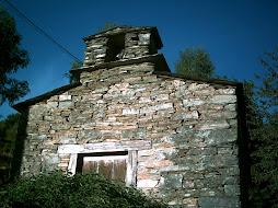 Capillas de piedra, testigos de la historia........