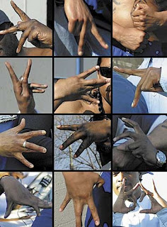 Vice Lord Gang Signs http://jubylen.freeiz.com/vice-lords-hand-signs.php