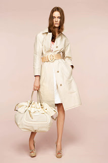 сиво - Облекло, мода, елегантност - Page 2 NINA+RICCI+-+resort+2011+-+3