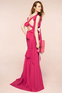 сиво - Облекло, мода, елегантност - Page 2 NINA+RICCI+-+resort+2011+-+10