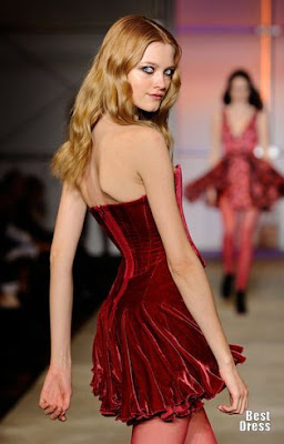 сиво - Облекло, мода, елегантност - Page 2 1282914361_zac-posen