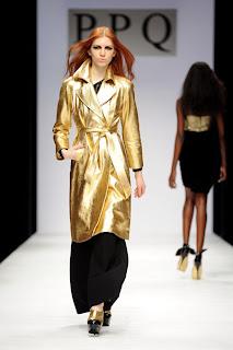 сиво - Облекло, мода, елегантност - Page 2 PPQ_Fall_2010_trend_metallic_trench_coat_Bluefly_blog_FlyPaper-400