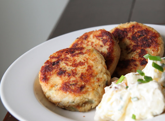 My kitchen antics cod fish cakes with a cold potato salad for How to make cod fish cakes